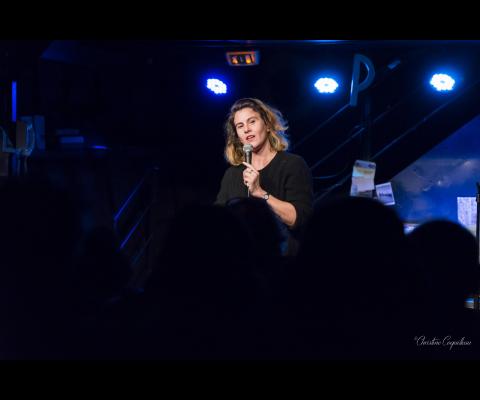 Elsa Barrère : Du stand Up à l'écriture, une vie avec des mots